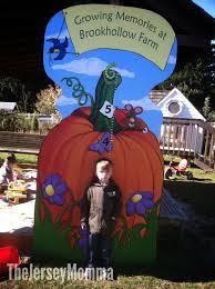 Pumpkin Picking Nj by The Jersey Momma Let U0027s Visit Brookhollow U0027s Barnyard In Boonton