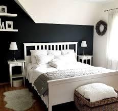 wanddekoration schlafzimmer holz caseconrad