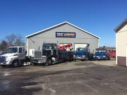 24-Hour Towing, Heavy Tow Trucks: Newport, ME: T & W GARAGE INC.