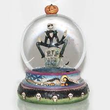 Jim Shore Halloween Uk by Halloween Snow Globe