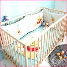 décoration chambre bébé winnie l ourson tour de lit bébé mixte 98063 chambre de bebe winnie l ourson deco