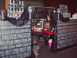 halloween themes for work work cubicle decorating ideas for