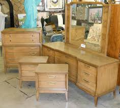 Johnson Carper 6 Drawer Dresser retro vegas storage furniture sold