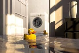 wasserschaden im bad was tun hilfe tipps