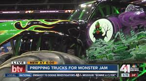 Monster Jam Is At The Sprint Center - YouTube Monster Jam In St Louis Mo 365photos Nicole Johnson On Twitter Heres To Another Donut Win Returns Pinterest Denver Truck Show Parent U The Gang Is All Together For The First World Finals Xvii Competitors Announced Nicole Johnson Makes Sure Scooby Doo Is One Well Trained Dogby Grave Digger Team Scbydoo Shows Off Truck For Scbydoos Driver No Mystery