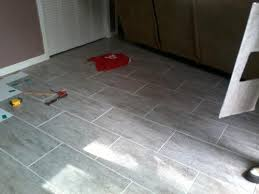 Stainmaster Vinyl Tile Castaway by Stainmaster 6 In X 24 In Groutable Chateau Light Gray Peel And