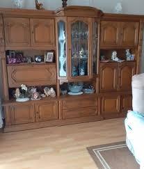 wohnzimmerverbau echtholz eiche rustikal