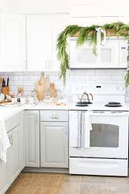 Christmas 2017 Home Tour Deck The Blogs Kitchen Decor With Live Cedar Garland