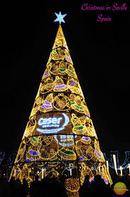 Walgreens Singing Christmas Tree by Christmas In Seville Spain A Night Stroll Nextbiteoflife