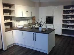 2 farbige neue küche landhausküche günstig küche neu 46