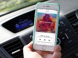 How to stop your iPhone from autoplaying music in the car