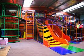 parc de jeux pour enfants aires et parcs de jeux couverts