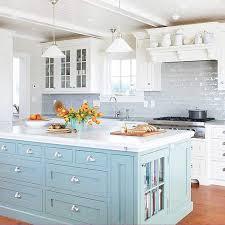 Häusliche Verbesserung Light Blue Kitchen Cabinets Range Hood
