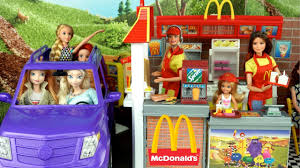 Barbie Sisters Work In Mc Donald's Drive Thru With Frozen Elsa ...