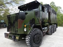 BangShift.com The Ultimate Camper? This 1994 Oshkosh M1070 HET ... Military Vehicle Photos 3d Het M1070a1 Truck Model Millitary Pinterest Combat Driver Defence Careers M929a2 5ton Dump M1070 M1000 Hets Equipment How China Is Helping Malaysias Military Narrow The Gap With The Modelling News Inboxed 135th Scale M911 Chet M747 Semi Okosh Het Hemtt M985 1 In Toys Silverstatespecialtiescom Reference Section Heavy 2009 Rebuild M929a1 Am General 6x6 Sold Midwest Haul Tractor Tatra 810 Wikipedia