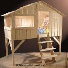 chambre bébé bois naturel lit enfant surélevé cabane en bois massif