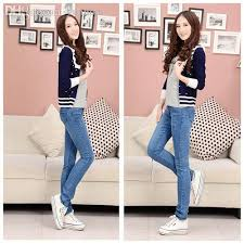 2018 Wholesale 2015 New Low Hole Korean Style Hot Sale Denim Skinny Jeans Women Female Fashion Pant And Button Trousers For Girls From Priscille