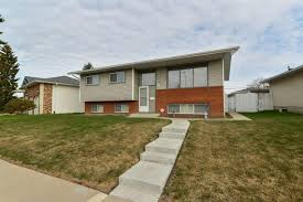 100 Bi Level Houses North East Edmonton MLS Homes For Sale From 300000 To 400000