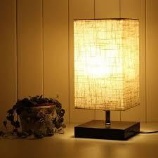 lighting designer nachttischle e27 mit holzsockel quadratisch lenschirm aus stoff nachttischle rechteckig schönes licht für