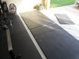 Rubber Gym Flooring Rolls Uk by Best 25 Home Gym Garage Ideas On Pinterest Diy Home Gym Home
