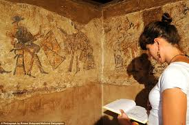 San Bartolo Murals National Geographic by The Discovery Of An Ancient Maya Wall Painting In Guatemala 千山万水