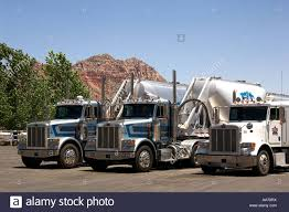 100 Valley Truck And Trailer Transport In The Truck Park Apple Utah Stock Photo