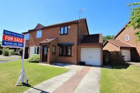 2 Bedroom Semi Detached House For Sale In Glanville Close Gateshead