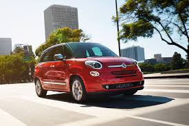 Chevy Equinox Floor Mats Kijiji by 2017 Fiat 500l Reviews And Rating Motor Trend