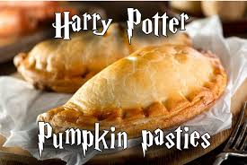 Easy Harry Potter Pumpkin Pasties by Christmas Dinner 2 Harry Potter Pumpkin Pasties Girlgamergalaxy