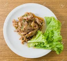 cuisine thailandaise traditionnelle cuisine thaïlandaise et nourriture vue de dessus de nam tok