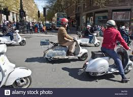 1st May 2016 Vespa Lambretta And Mod Scooters Took Part In The Annual Buckingham Palace Scooter Run Central London Credit Sylvie JARROSSAY Alamy Live