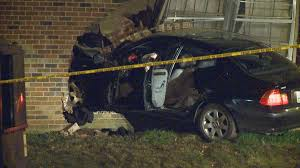 Wbir.com | KPD: Car Crashes Into Apartment Building After Shooting Apartment Copper Pointe Apartments Knoxville Tn In Dunlap Il The Canyon And Knox Landing Tn Best Woodlands West Room Ideas Arbor Place Luxury Home Design Classy Greystone Vista Papermill Square Youtube Steeplechase 37912 Apartmentguidecom Bedroom Top One Decorate Dtown Szfpbgjcom South Houses For Rent Near Hammond Menu