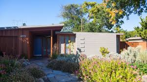 100 Eichler Palo Alto Home Architecture Garage Doors
