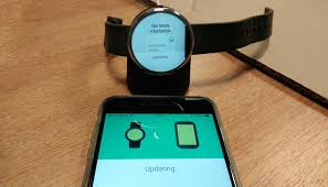 How to use your Moto 360 with your iPhone Android Wear on iOS