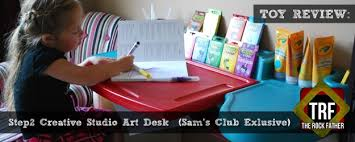 Step2 Deluxe Art Desk by Review Step2 Creative Studio Art Desk Sam U0027s Club Exclusive