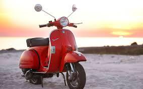 A Vespa PX 125 Motorcycles HD Wallpaper 2560x1600