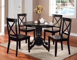 Solid Wood Round Pedestal Kitchen Table With Flower Centerpieces