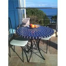 table ronde mosaique fer forge table ronde en mosaïque photographiée en corse visible ici http