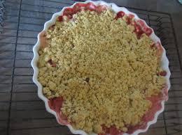 erdbeer rhabarber crumble