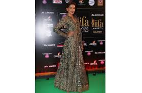 IIFA Awards 2015 Bollywood Celebrities Who Rocked The Red Carpet