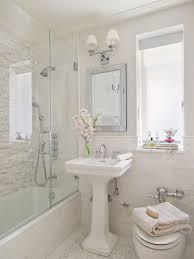 Pedestal Sinks For Small Bathrooms by Pedestal Sink Ideas Houzz