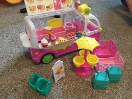 Shopkins Scoops Ice Cream Truck Playset | In Leicester ... Licks Ice Cream Truck Takes Up Post In Brentwood Eater Austin Chomp Whats Da Scoop Shopkins Scoops Playset Flair Leisure Products 56035 New Exclusive Cooler Bags Food Fair Season 3 Very Hard To Jual Mainan Original Asli Helados In Box Glitter Moose Toys And Accsories Play Doh Surprise