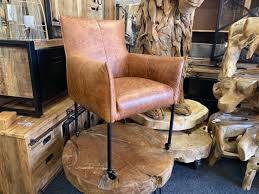 luxus esszimmerstühle mit rollen in leder oder stoff bei