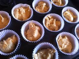 Fill Bun Cases To 3 4 Full 12 Large Muffin Sized Ones Or 18 Fairy Cake Size Bake For 5 Mins At Gas Mark 7 220 Deg C Then Reduce The Temperature