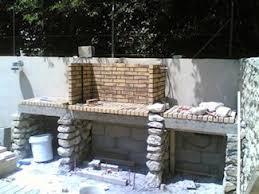 modele de barbecue exterieur construction foyer barbecue en briques barbecue