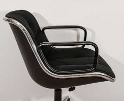 Knoll Pollock Chair Used by Charles Pollock Executive Chair With Original Label For Knoll