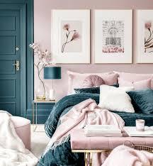 rosa blumen bilderwand bilder für schlafzimmer goldrahmen