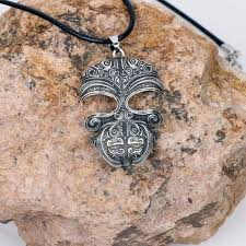 Ta Moko Maori Mask Necklace Pendant Tribal Tattoo Kirituhi New Zealand Gift For Men Women Travelers Travel Souvenir