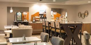 El Patio Eau Claire Express by Holiday Inn Express Le Claire Riverfront Davenport Hotel By Ihg