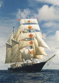 Hms Bounty Tall Ship Sinking by Concordia Queens New Life In Canada